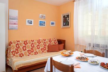Makarska, Jedáleň v ubytovacej jednotke apartment, WIFI.