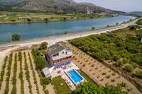Holiday house with a swimming pool Opuzen (Neretva Delta - Ušće Neretve) - 8818
