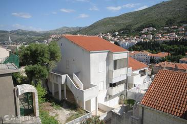 Dubrovnik, Dubrovnik, Property 8820 - Apartments with pebble beach.