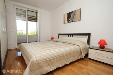 Bedroom    - A-8821-a