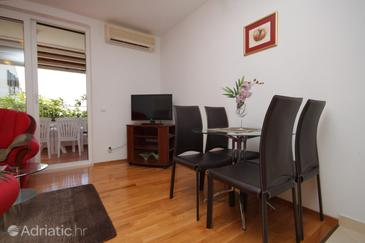 Dining room    - A-8821-a