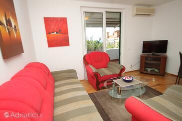 Living room    - A-8821-a