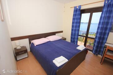 Bedroom    - A-8825-a