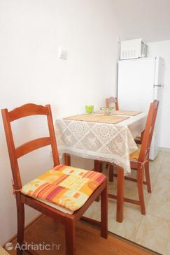 Soline, Dining room in the studio-apartment, WiFi.