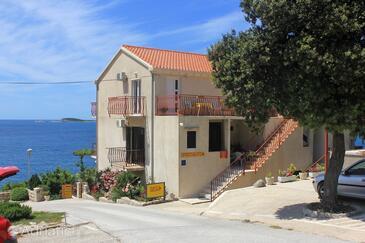 Soline, Dubrovnik, Objekt 8825 - Apartmani blizu mora sa kamenitom plažom.