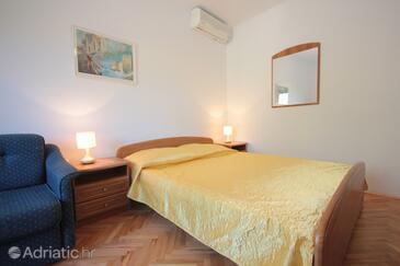 Bedroom    - A-8827-a