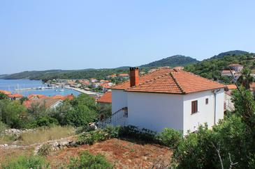 Sali, Dugi otok, Property 883 - Apartments by the sea.