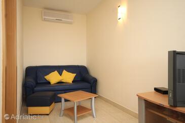 Rukavac, Living room in the apartment, dostupna klima i WIFI.