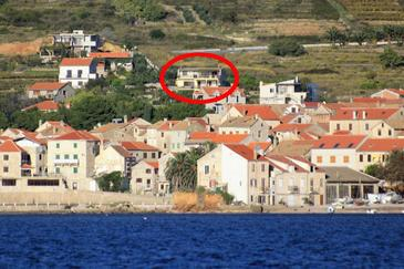 Komiža, Vis, Property 8844 - Apartments and Rooms with pebble beach.