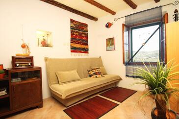 Talež, Obývacia izba 1 v ubytovacej jednotke house, dostupna klima, dopusteni kucni ljubimci i WIFI.