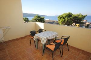 Apartments by the sea Komiza (Vis) - 8856