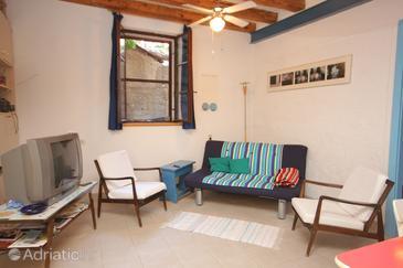 Komiža, Living room in the apartment, dostupna klima, dopusteni kucni ljubimci i WIFI.