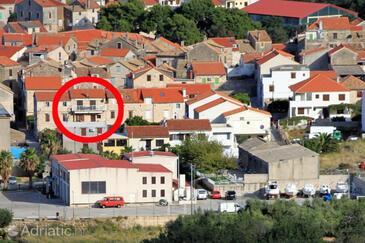 Komiža, Vis, Property 8862 - Apartments with pebble beach.