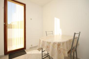 Rukavac, Sala da pranzo nell'alloggi del tipo apartment, WiFi.