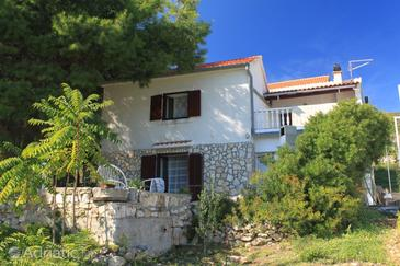 Podstražje, Vis, Property 8865 - Apartments with pebble beach.