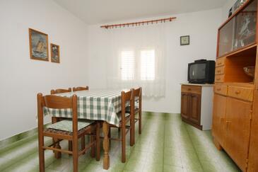 Komiža, Jídelna v ubytování typu apartment, WIFI.