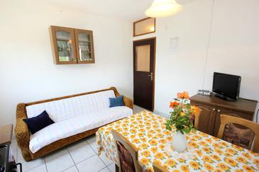 Žman, Obývací pokoj v ubytování typu apartment, domácí mazlíčci povoleni.
