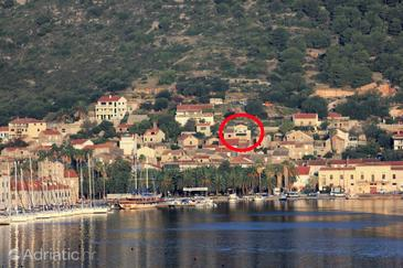 Vis, Vis, Property 8872 - Apartments with pebble beach.