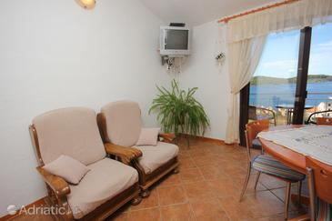 Vis, Living room in the apartment, dostupna klima i WIFI.