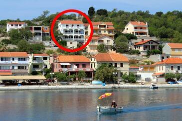 Sali, Dugi otok, Hébergement 890 - Appartements et chambres à proximité de la mer avec une plage de galets.