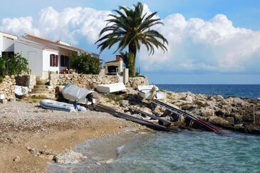 Milna, Vis, Property 8900 - Vacation Rentals near sea with pebble beach.