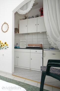 Komiža, Kitchen in the studio-apartment, WIFI.