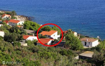 Milna, Vis, Property 8942 - Apartments near sea with rocky beach.