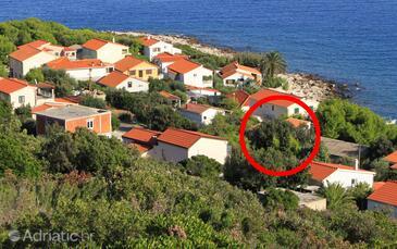 Milna, Vis, Objekt 8943 - Apartmani blizu mora sa kamenitom plažom.