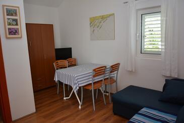 Milna, Dining room in the apartment, dopusteni kucni ljubimci i WIFI.