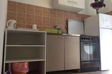 Mala Pogorila, Kitchen in the studio-apartment, (pet friendly) and WiFi.