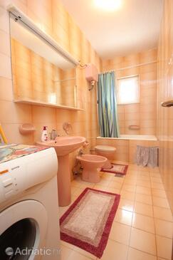 Bathroom    - AS-8959-a