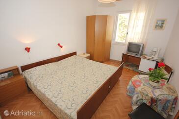 Srebreno, Bedroom in the room, dostupna klima i WIFI.
