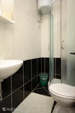Bathroom 2   - A-8964-a