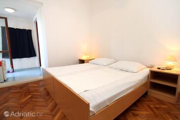 Molunat, Спальня в размещении типа room, доступный кондиционер и WiFi.