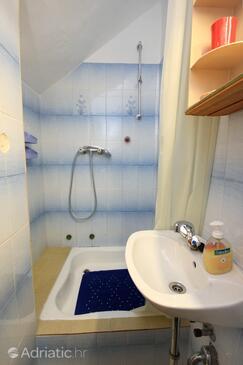 Bathroom 2   - A-8976-a