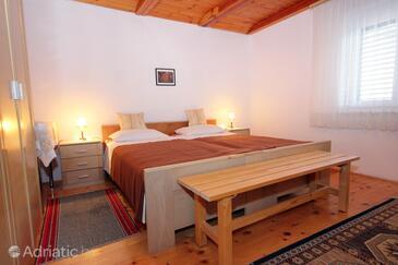 Bedroom    - A-8976-a