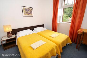Bedroom 4   - K-8980
