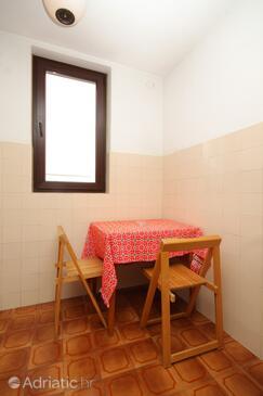 Cavtat, Dining room in the studio-apartment, dopusteni kucni ljubimci i WIFI.