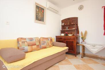 Dubrovnik, Living room in the apartment, dostupna klima.