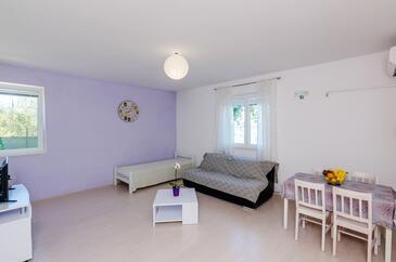 Slađenovići, Living room in the apartment, WiFi.