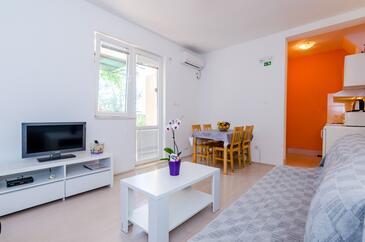Slađenovići, Obývací pokoj v ubytování typu apartment, WiFi.