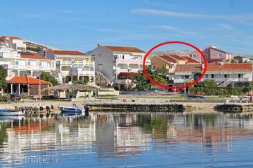 Kustići, Pag, Objekt 9036 - Ubytování v blízkosti moře s oblázkovou pláží.