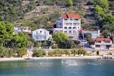 Marina, Trogir, Objekt 9037 - Ubytovanie blízko mora s kamienkovou plážou.