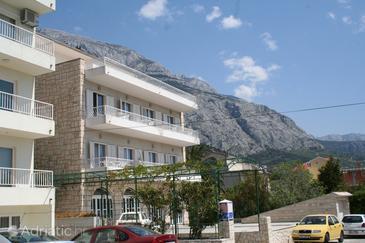 Makarska, Makarska, Property 9038 - Apartments and Rooms near sea with pebble beach.
