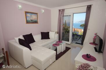 Cavtat, Dnevni boravak u smještaju tipa apartment, dostupna klima i WiFi.