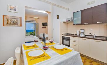 Mlini, Столовая в размещении типа studio-apartment, доступный кондиционер и WiFi.