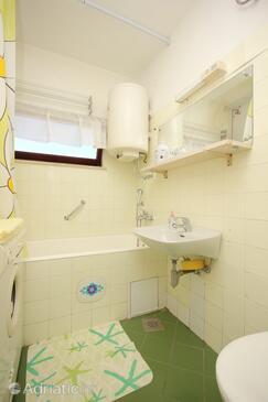 Bathroom    - A-9050-a