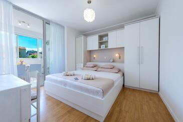 Bedroom    - A-9050-a