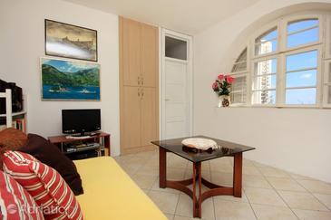 Dubrovnik, Living room in the apartment, dostupna klima i WIFI.