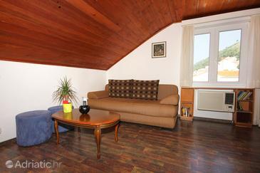 Dubrovnik, Living room in the studio-apartment, dostupna klima i WIFI.